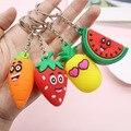 Nette Cartoon Obst Keychain Pvc Karotte Erdbeere Ananas Wassermelone Schlüsselanhänger Frauen Tasche Anhänger Schlüsselring