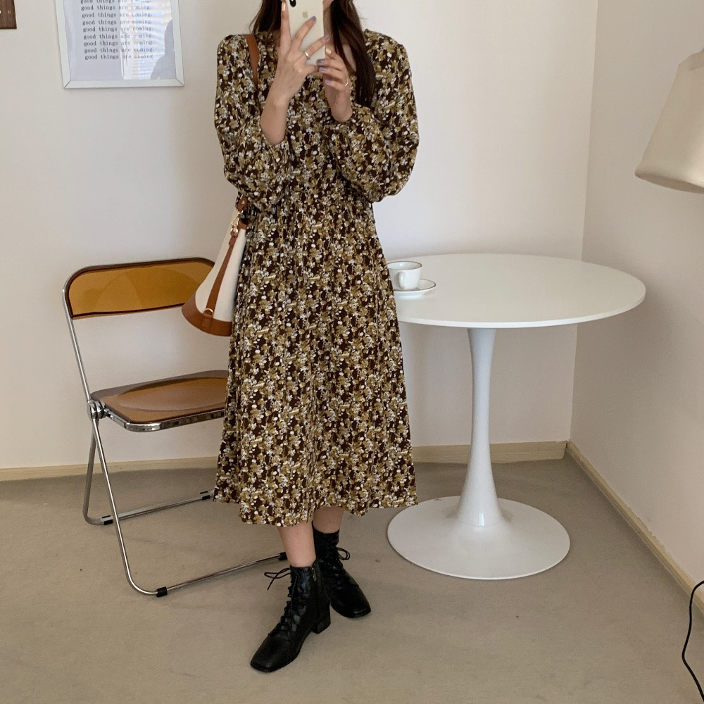 H05911e848e804f2aa5458e15feb2609fL - Autumn Square Collar Lantern Sleeves Floral Print Midi Dress