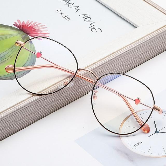 BCLEAR New Arrival Beautiful Women Eyeglasses Frame Female Retro Optical Spectacle Frames Lovely Carrot Fashion Eyewear 2019 Hot