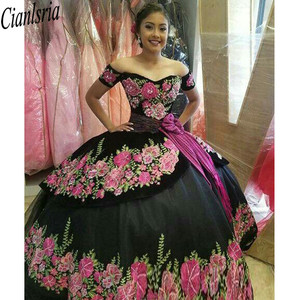 Image 2 - Printed Floral Lace Black Sweet 16 Dresses Off Shoulder Short Sleeves Sashes Open Back Quinceanera Dress Ball Gowns Prom Fashion