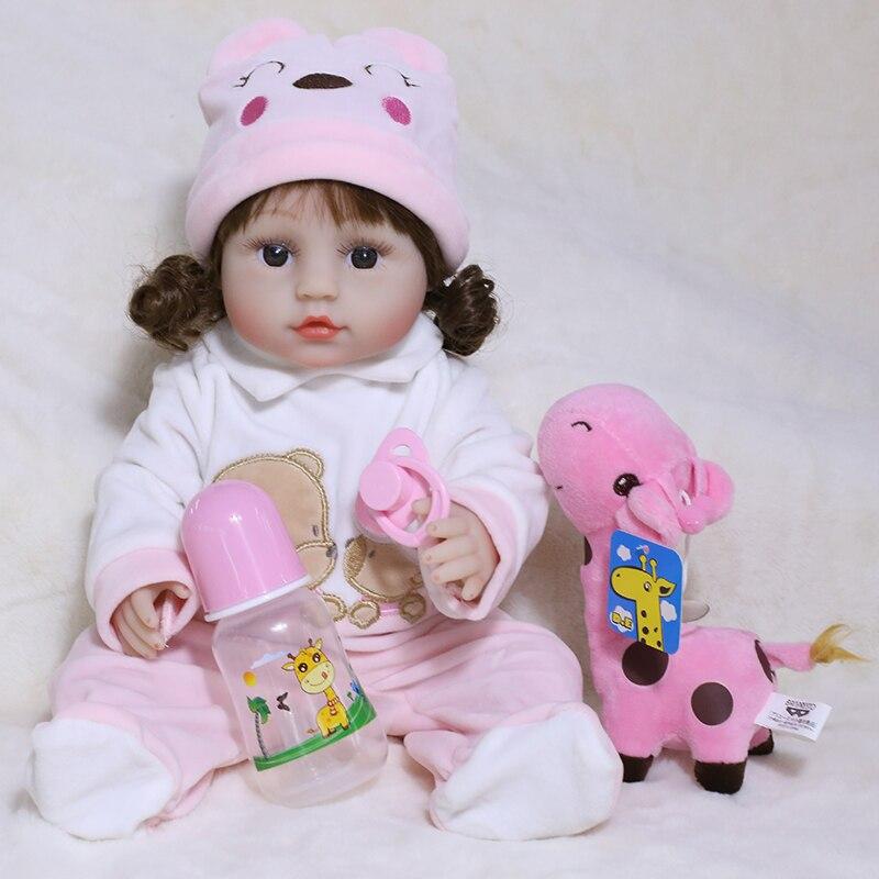 45CM Rosa Kleidung Silikon Rebron Kleinkind Lockiges Haar Spielzeug Für Mädchen Volle Silikon Baby Puppen Bebe Reborn Mit Magnetische schnuller