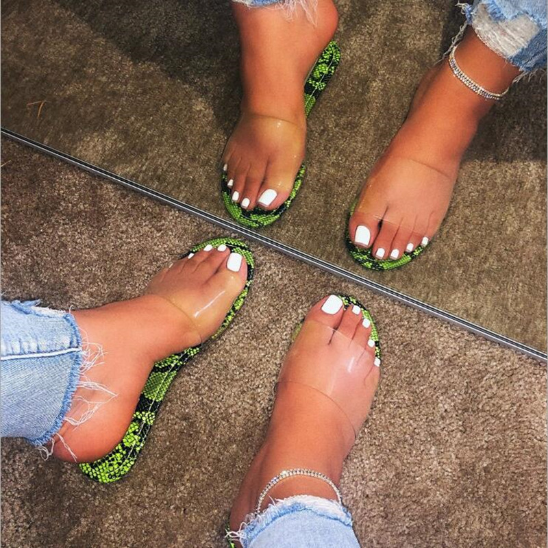 Women Slippers 2020 New Fashion Flat Sandals Serpentine flip flop Sexy Wild outdoor bright color candy color transparent shoes 3