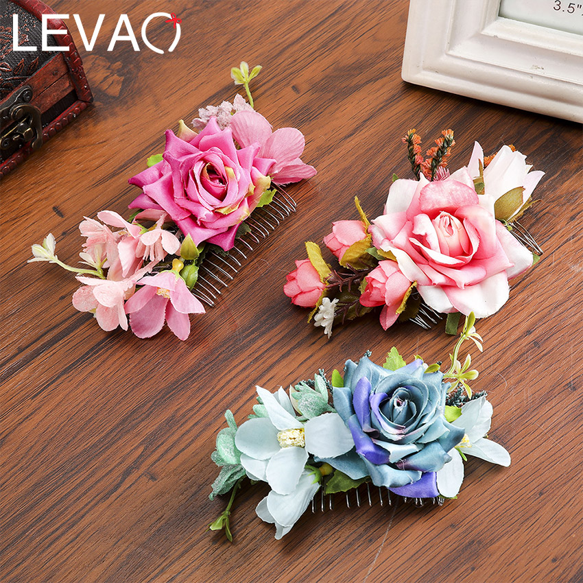 Levao Spring Hot Sale Haircomb Artifical Flower And Plastic Alloy Hair Pin Vaction Headwear For Women