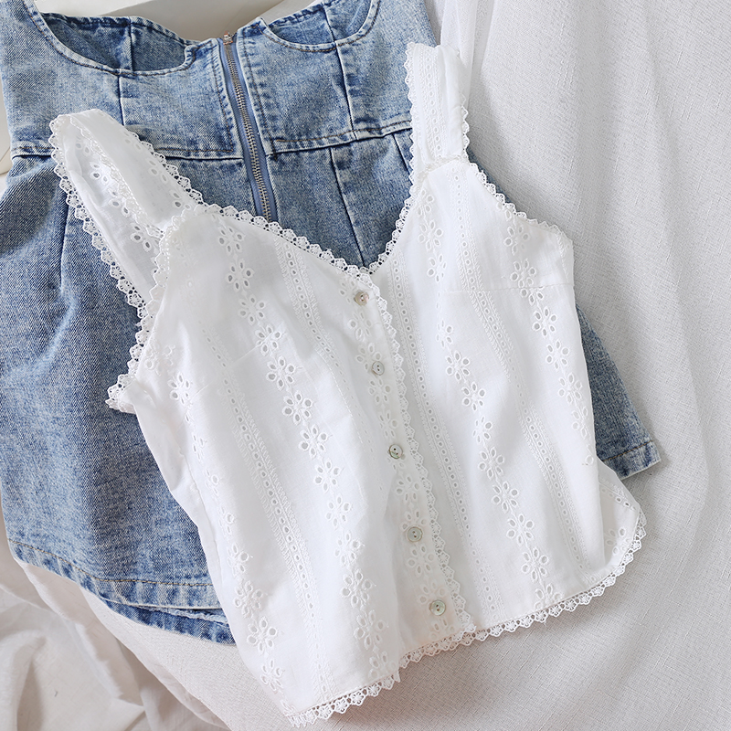 Available!! Ship In 24 Hours 2020 Summer New Lace Women Camisoles V-neck Hollow Out Short Solid White Female Tops Tees