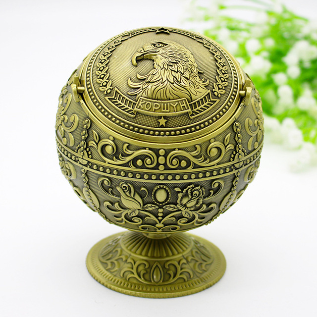 Vaskey Spherical Windproof Ashtray with Lid Metal Vintage Portable Ashtray Hand Stamped Pattern Ashtray