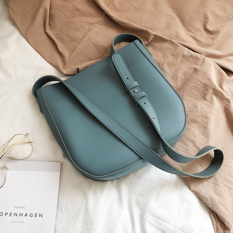 Однотонная Повседневная сумка-мешок, новинка 2021, Высококачественная дизайнерская женская сумка из искусственной кожи, вместительная сумка...