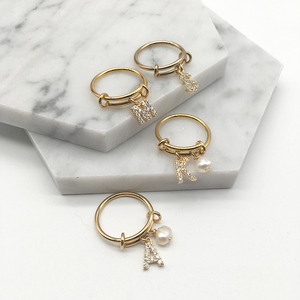 Alphabet Rings A-Z Initial Letter Name Rings Nature Baroque Pearl Letter Zircon Stainelss Steel Ring Jewelry Fashion Love Gift
