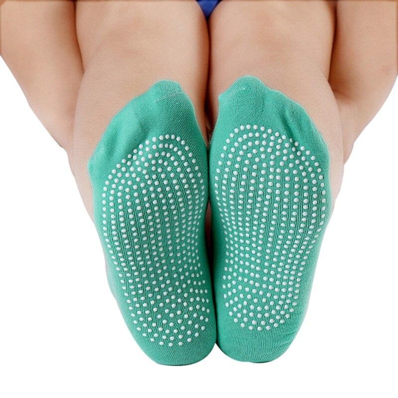 1 Pair Women Yoga Fitness Pilates Socks Colorful Non Slip Massage Toe Durable Dance Ankle Grip Printed Letter Socks Outdoor