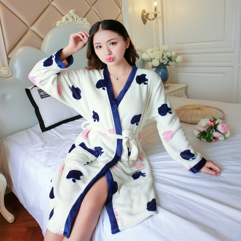Autumn And Winter New Style Pajamas Women's Coral Velvet Thick Warm Long Sleeve Nightgown Tracksuit