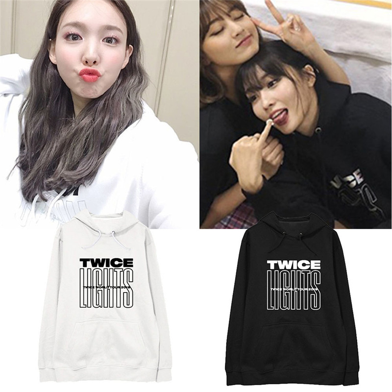 New KPOP TWICE WORLD TOUR TWICELIGHTS Album Oversized Hoodie Streetwear Loose Hooded Pullover Long Sleeve Sweatshirts WY1265