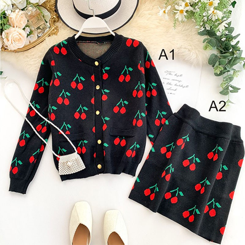 Female Tops and Straight Mini Skirts Two Pieces Sets Fashion Print Women Skirt Suits