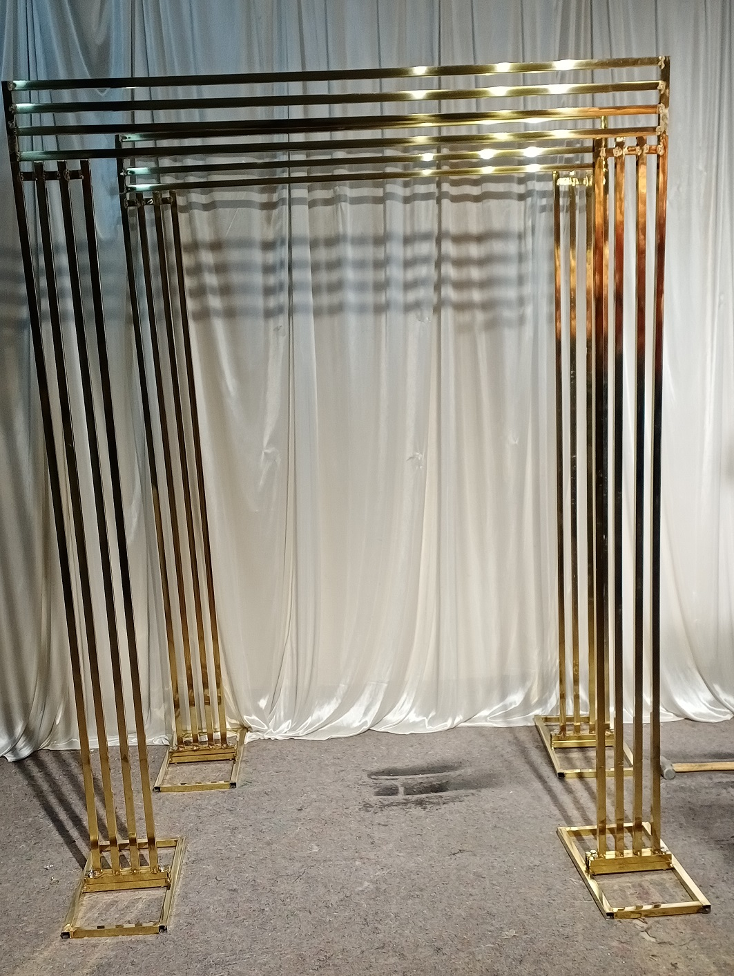Flower Stand Gold Cylindrical Metal Corridor Shining Base  Away Arch Wedding Frame Gold  Plated Backdrop Arch Metal Gold Walk