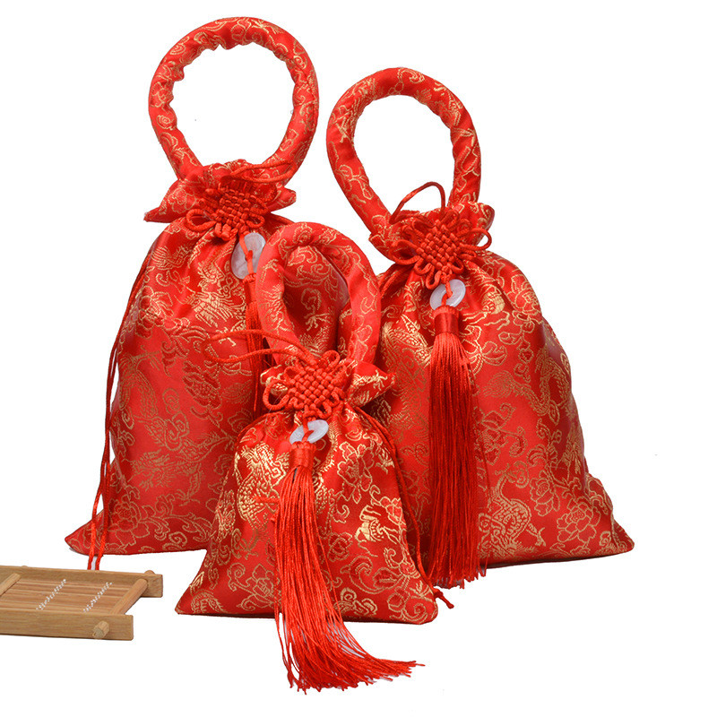 13x15+6cm 17x23+6cm 20x26+7cm Handhold Candy Gifts Bags Lucky Red Packaging Bag Party Favors Holders With Chinese Knot