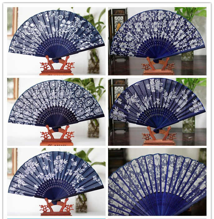 2019 New Classical flower design Chinese style blue fabric hand fan with dyed blue bamboo frame Wedding Party Favor