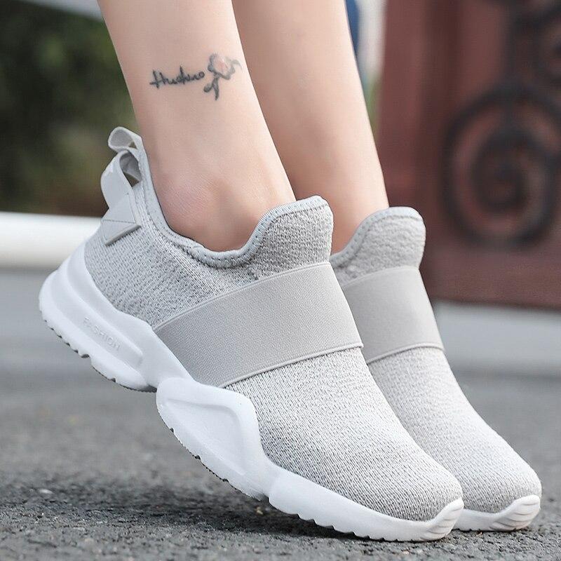 Легкие женские кроссовки без шнуровки износостойкие Нескользящие