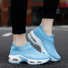 Women's Running Shoes 5CM Height Increasing Sneakers Athletic Woman Sport Shoes Big Size 35-42 Walking Shoes Soft Light Sneakers