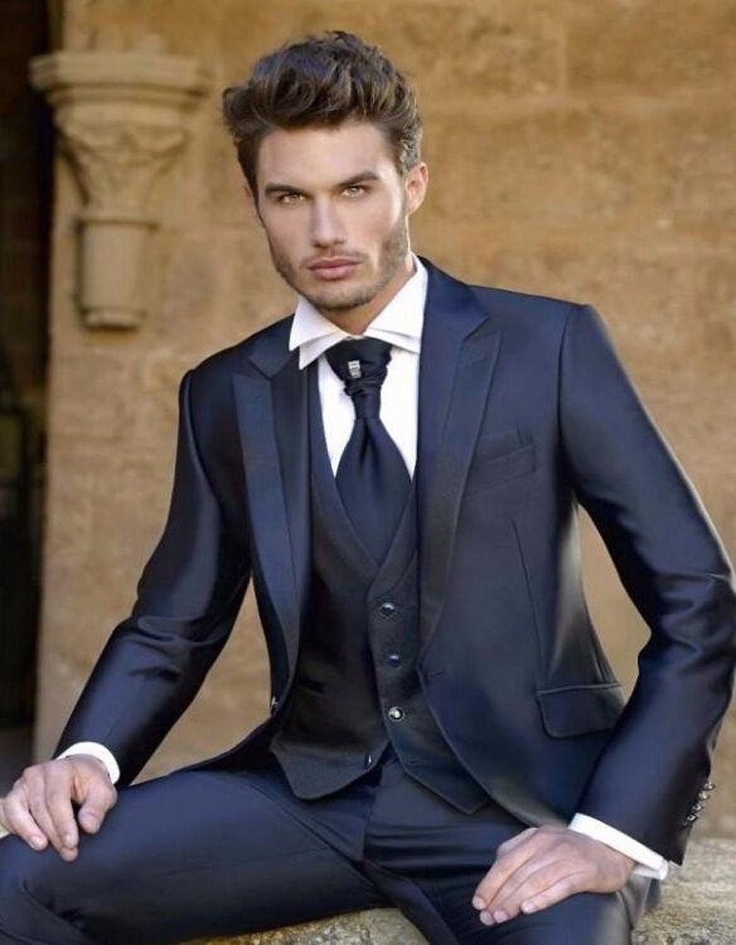 Classic Navy Blue One Button Groom suits for Wedding 2020 The Best Man Suits For mens Suits Business Party tuxedos Three piece