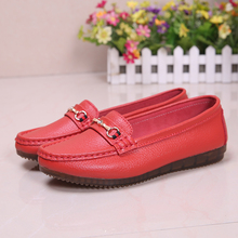 Women's pedestrian shoes Korean style genuine leather Bean shoes fashion casual leggings shallow mouth mother's shoes pedestrian бермуды