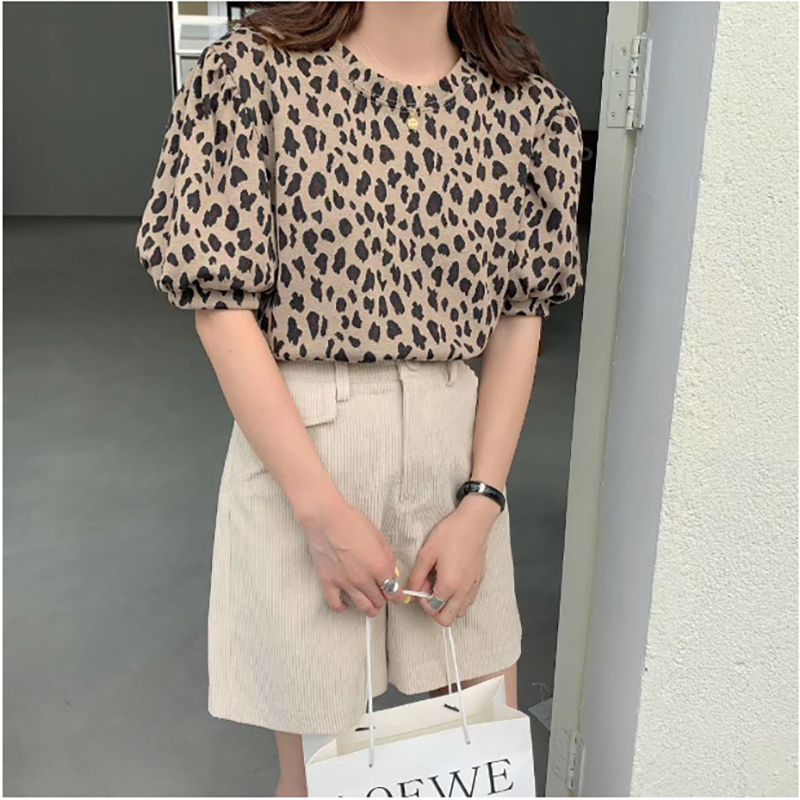 2020 Summer Puff Sleeve BLouse Women Vintage Leopard Print Short Sleeve Tops O-neck Casual Tops TS6637