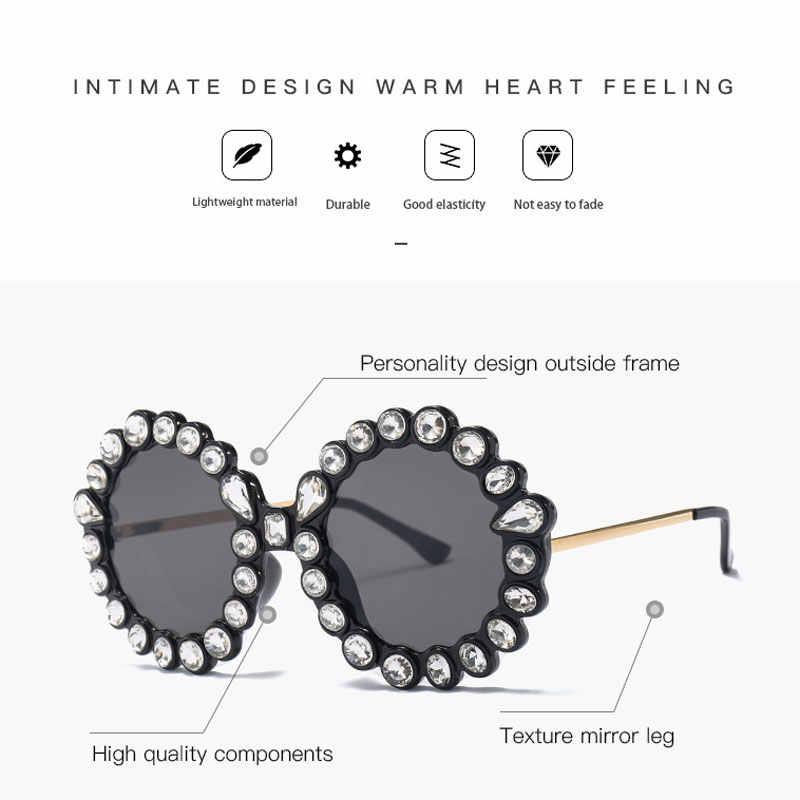 2019 senhoras de luxo strass óculos de sol das mulheres do vintage marca designer sem aro redondo grande óculos sol feminino óculos sol uv400