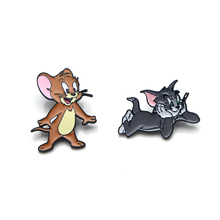 Classic Cat and mouse cartoon Zinc alloy tie pins badges para shirt bag clothes backpack shoes brooches medal decorations E0343