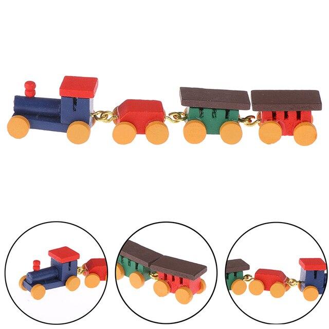 عربة صغيرة مصممة بشكل لطيف على شكل قطار خشبي عربة صغيرة بمقصورة قاطرة لعبة 1:12 لبيت الدمى ديكور منزل الدمية ألعاب نشطة صغيرة