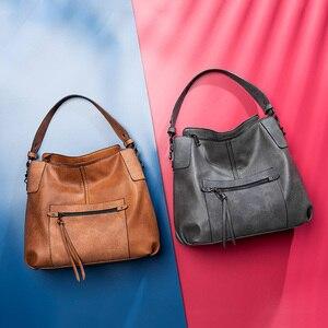Image 5 - REALER kadın omuzdan askili çanta büyük hobos tote çanta çapraz postacı çantası kadınlar için 2019 lüks çanta PU deri gri el çantası