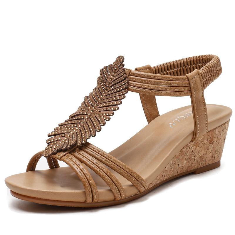 Сандалии женские на танкетке, мягкая кожа, высокий каблук, со стразами, модная дизайнерская обувь, большие размеры 36 42|Боссоножки и сандалии| | АлиЭкспресс