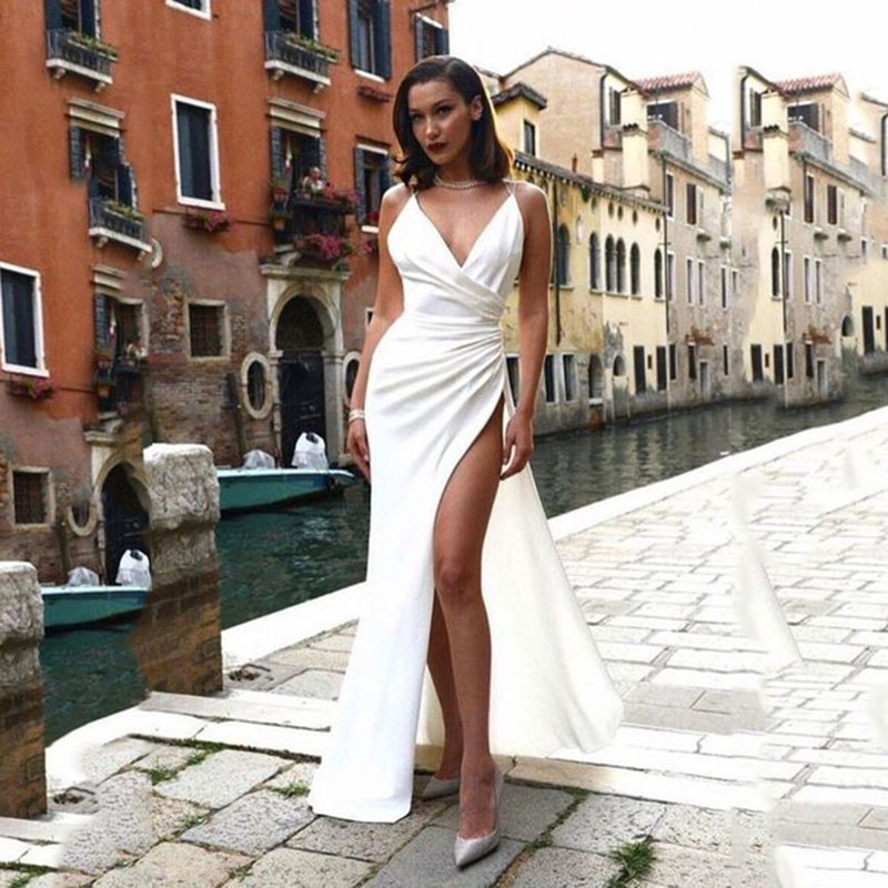 Spaghetti Straps V Neck Sexy Floor-Length Satin Prom Dress White High Slit Evening Gowns Formal Party Dress robe de soiree