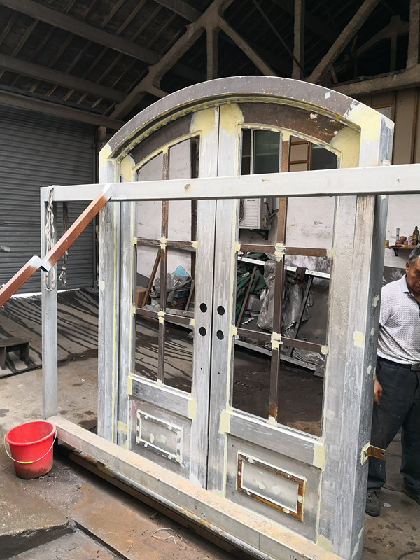 Shanghai Hench Brand China Factory 100% Custom Made Sale Australia Wrought Iron Security Screen Doors