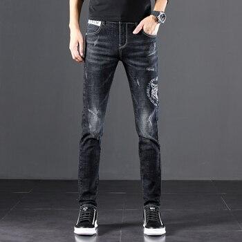 Men's Jeans 2020 Summer Denim Pants Slim Straight Dark Blue Regular Fit Leisure Long Trousers Famous Brand Jean Men Hombre simwood brand 2016 men s jeans straight fit denim trousers famous brand pants blue casual long pants jeans free shipping sj629