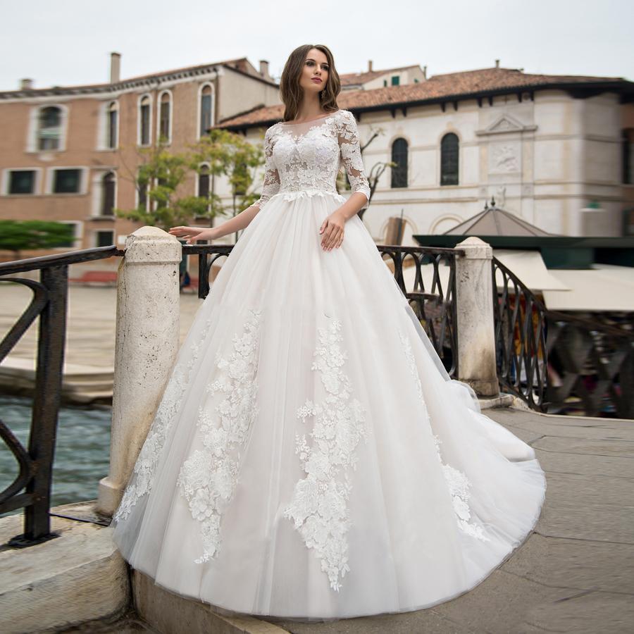 Eightale Wedding Dress Long Sleeve O-Neck Appliques Lace V Back Buttons A-Line Wedding Gowns 2020 Elegant Bridal Dresses