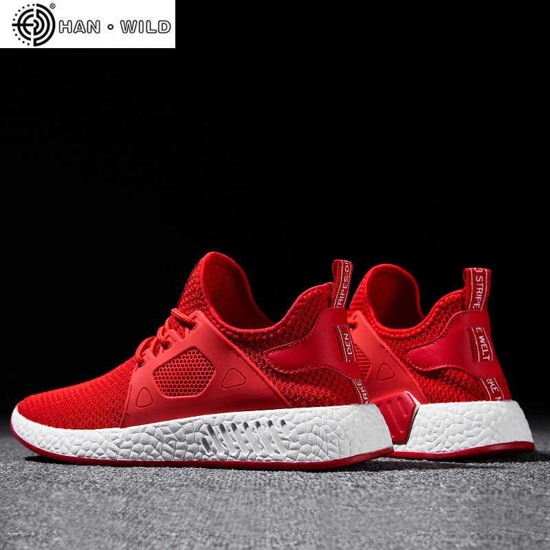 2019 zapatos de hombre de moda Casual tejido de malla de mosca transpirable luz suave negro Slipon hombres zapato hombre zapatillas Zapatillas de deporte de raza humana