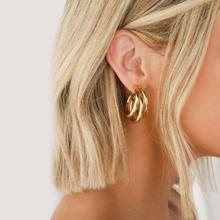 Goldene Big hoop Ohrringe Koreanische Geometrie Metall Gold Ohrringe Für frauen Weibliche Retro Tropfen Ohrringe 2020 Trend Mode Schmuck cheap Zink-legierung CN (Herkunft) TRENDY Pendant Earrings Tropfen-Ohrringe GEOMETRIC Big Earrings Korean Earrings Geometry Earrings
