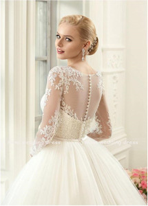 Image 2 - Boho Wedding Dress Long Sleeves Lace Appliques with Belt Bride Dress Robe Mariage Back Button Vinatge Tulle Wedding Gowns