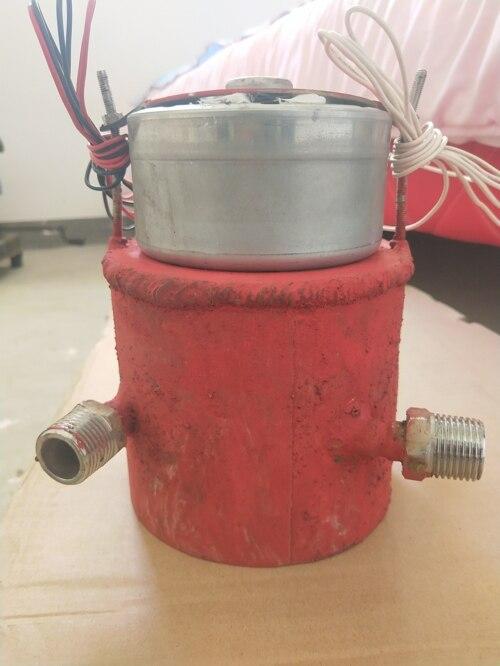 Небольшой гидро генератор переменного тока постоянного тока 300 Вт 220 В перезаряжаемая бутылка для зарядки мобильного телефона с использова