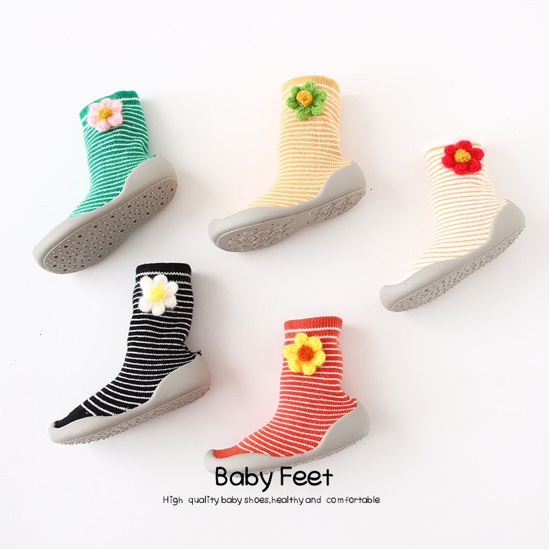 Baby Girl Shoes Socks Non-slip Mid-tube Girl Toddler Shoes Small Flowers Cotton Socks Shoes Baby Indoor Sock Shoes