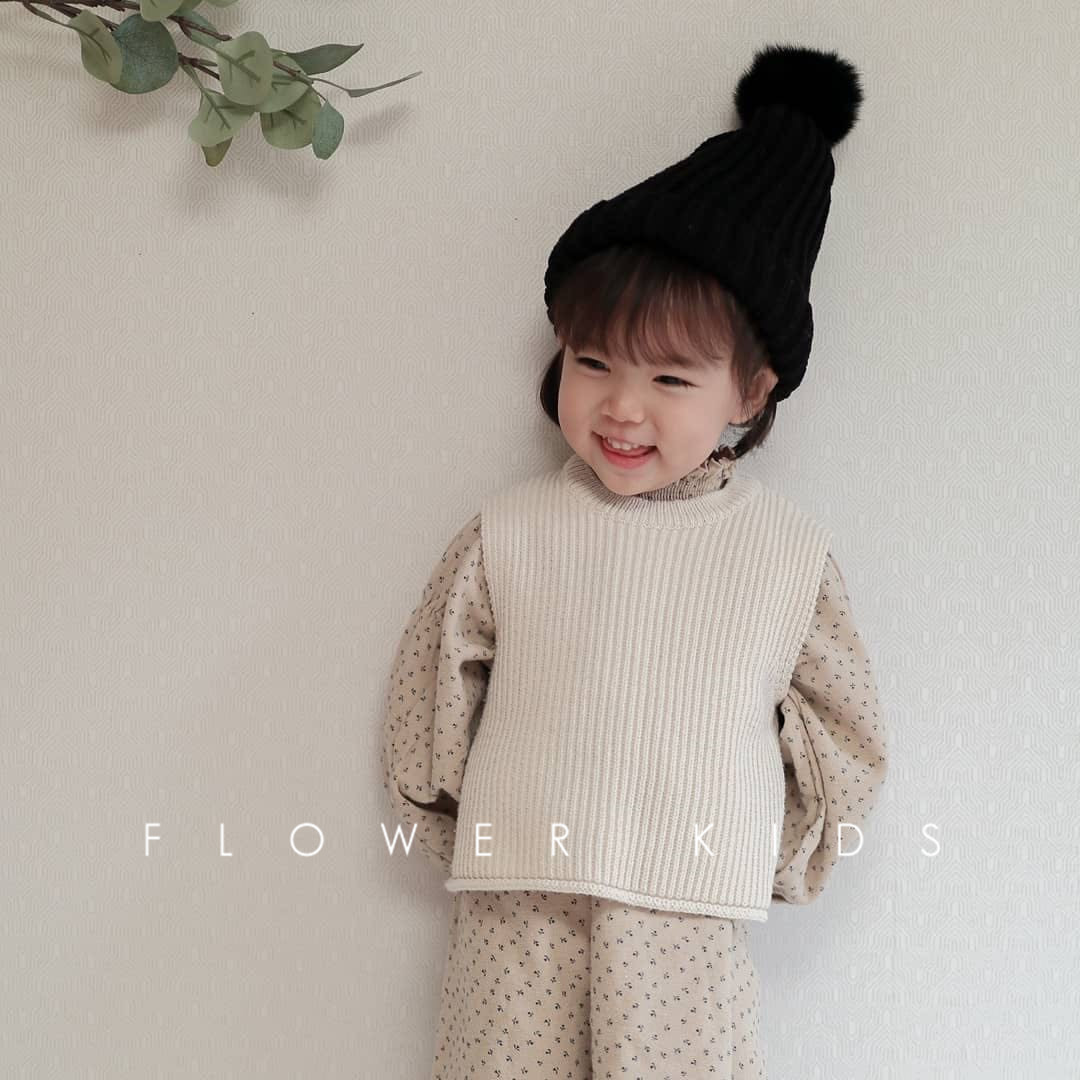Children's Vest Sweater Warm Soft 2021 Spring New Kid Tops Knitted Solid Outfits Boys Girls Outwears Sleeveless O-neck Pullover 2