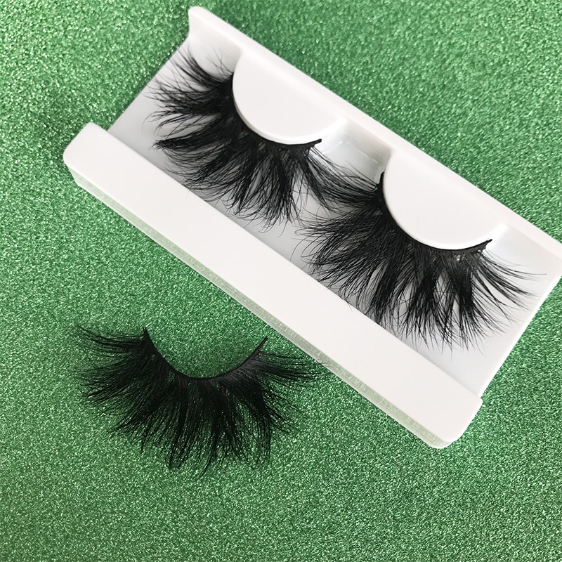 Mikiwi 25mm Long 3D Mink Lashes E01 Extra Length Fluffy Mink Eyelashes Big Dramatic Volumn Eyelashes Strip Thick False Eyelash