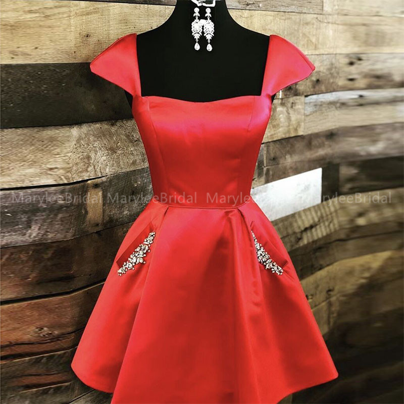 Simple Red Short Cocktail Party Dress With Beaded Pockets Lace Up Back Robe Cocktail Cap Sleeves Formal Cocktail Dresses