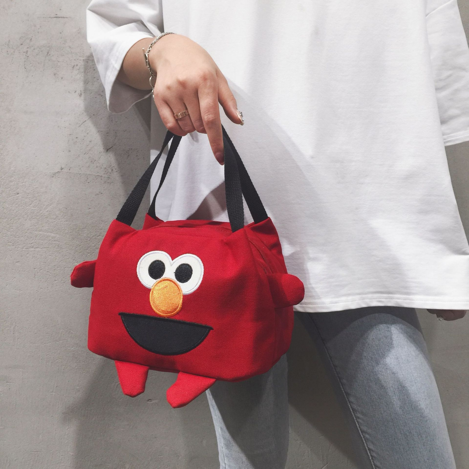2019 New Style Cute Playful Hand Square Sling Bag Office Workers Students Party Bento Box Bag Large Capacity INS Ugly Meng