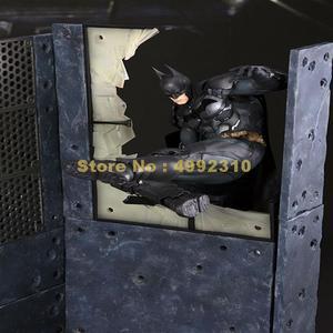 Image 2 - การ์ตูนBat Man Arkham Knightเคลื่อนย้ายได้Action Figure Pvc Collectionของเล่น 23 ซม