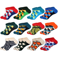 все цены на LIONZONE 12 Pairs/Lot Men's Casual Novelty Colorful Summer Ankle Socks Happy Combed Cotton Short Socks Plaid Dress Boat Socks