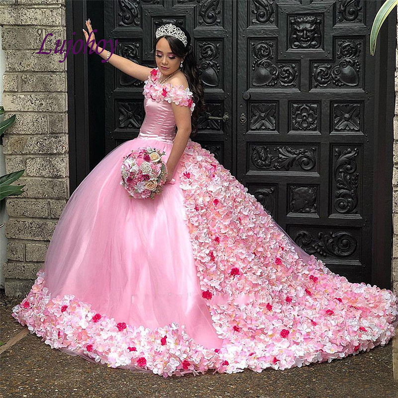 Pink Quinceanera Dresses Ball Gown Plus Size Flowers Puffy Masquerade Debutante 15 Year Old Sixteen Sweet 16 Dress Prom Dress