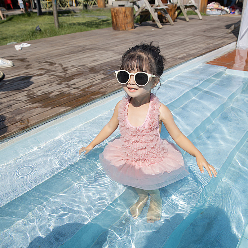 New Style INS Spa Resort Little Girl Bathing Suit Lace Pleated Fairy One-piece Swimming Suit Medium-small Girls Online Celebrity