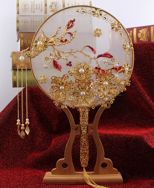 Luxury Chinese Gold Phoenix Bridal Fan Bouquets Classic Handmade Metal Round Hand Fan Business Gift Wedding Accessories LF819