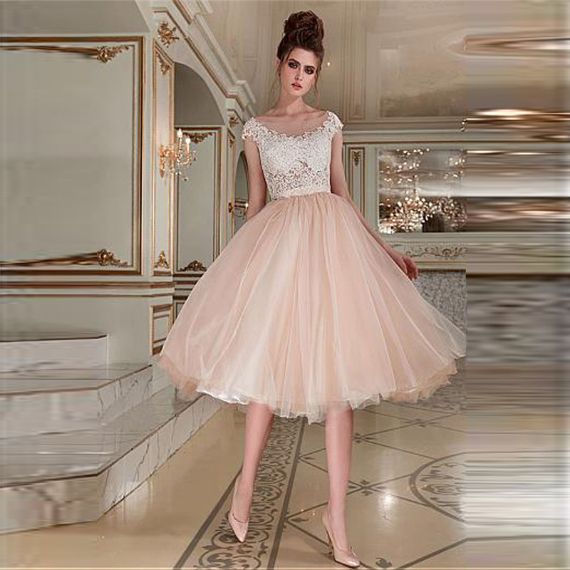 Scoop Short Sleeves Lace Appliques A-Line Wedding Dresses Tulle Custom Made Bridal Gowns Knee Length Bride Wedding Gown Spring