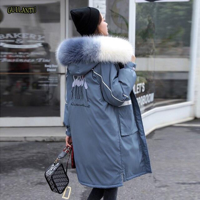 冬の毛皮の襟フード付きコートの女性刺繍ジャケット女性厚く暖かい綿パッド入りジャケット生き抜くプラスサイズロングパーカーmujer