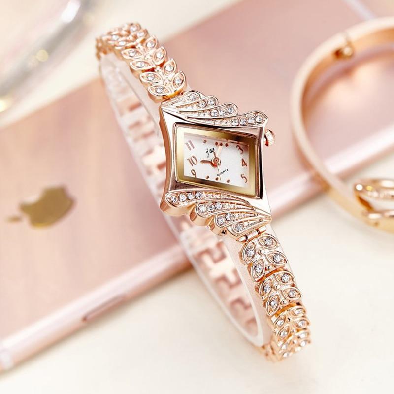 2020 New Fashion Women Crystal Quartz Rhombus Bracelet Bangle Wrist Watch Wholesale  Ladies Watch