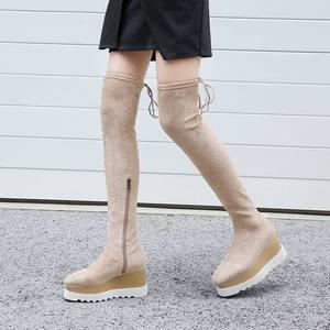 Image 3 - 새로운 도착 플록 플랫폼 스퀘어 발가락 웨지 무릎 부츠 위로 우아한 레이스 활주로 허벅지 높은 부츠 여성 겨울 신발 L03